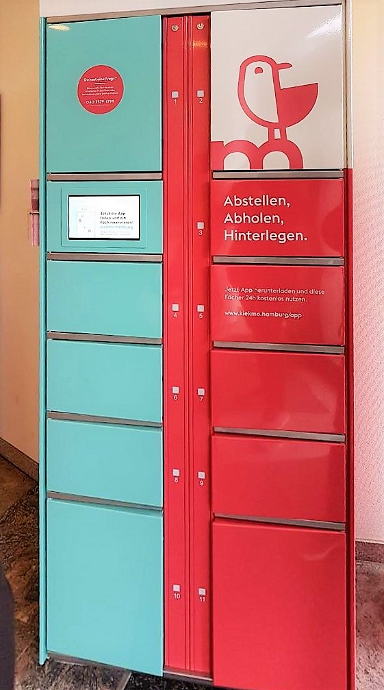 LockTec's smart lockers for the bank Sparkasse in Hamburg