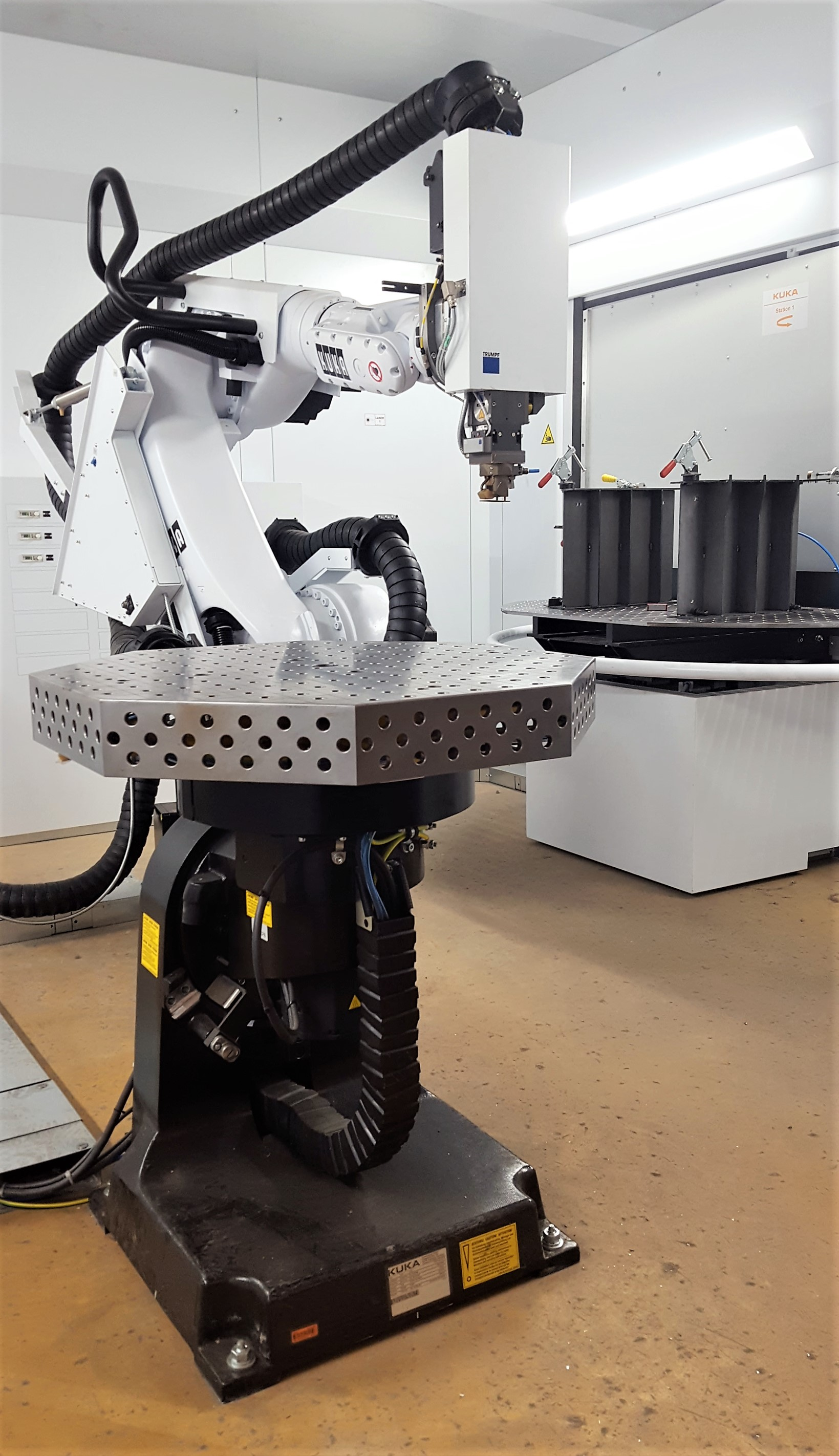 Latest technology for laser welding of stainless steel, steel and aluminum. The manufacturing of components is now even more precise and more efficient: increasing quality and efficiency.
