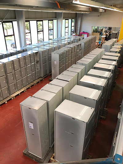 Smart lockers for the train station Bern. Further locker cabinets for luggage storage are delivered to Switzerland